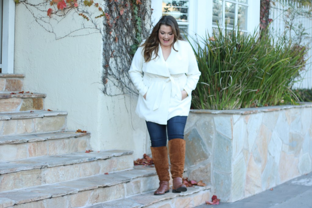 Lovely in LA Naturalizer July Boots Plus Size Blogger Los Angeles
