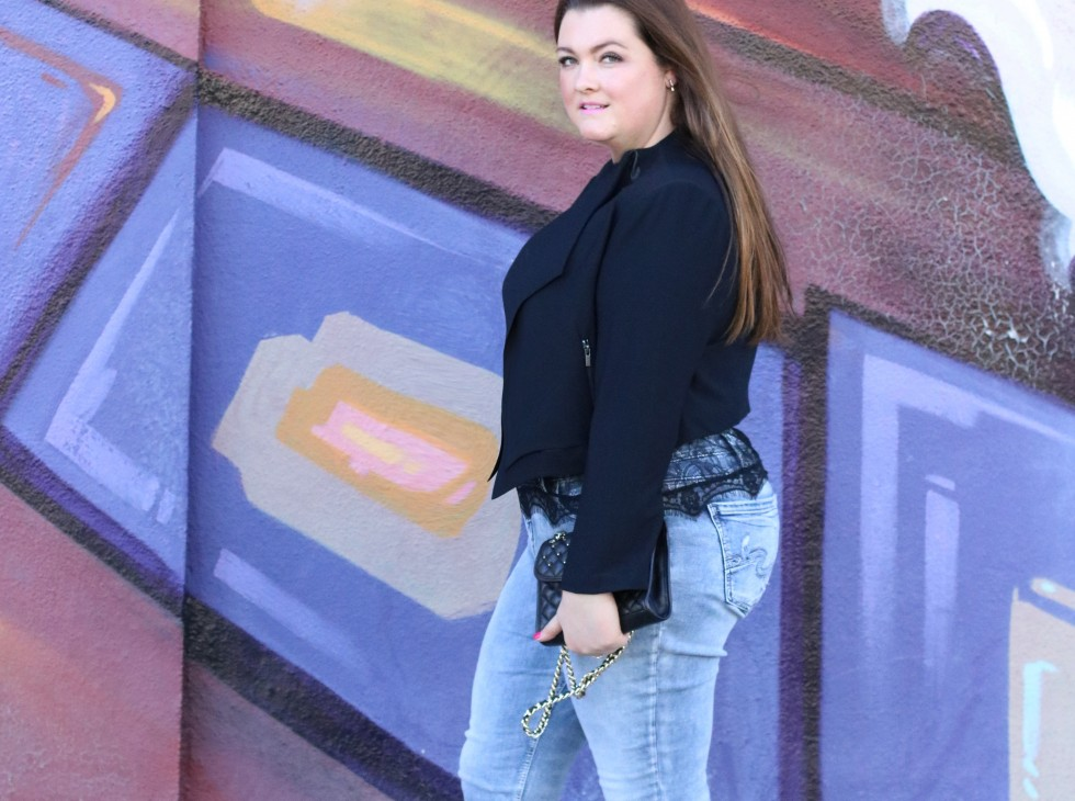 trendy curvy denim silver jeans plus size lovely in la blogger