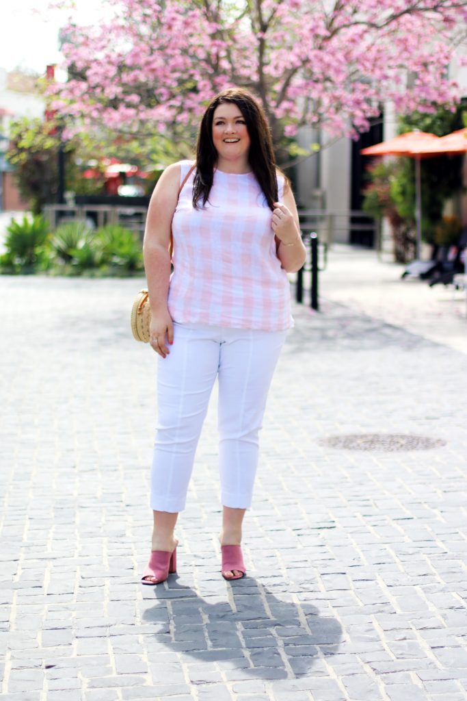 gingham sleeveless top white cropped pants jjill