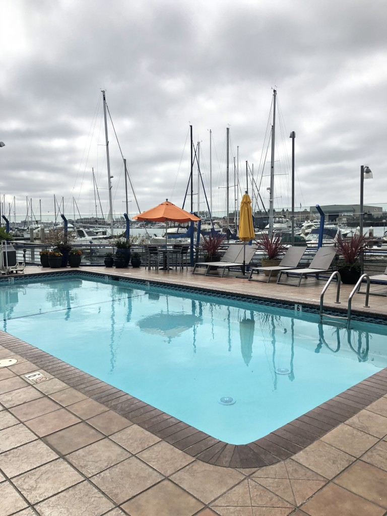 waterfront pool hotel oakland