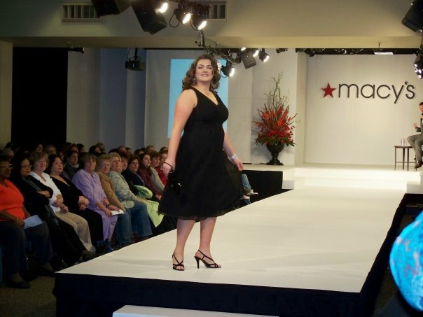 lovely in la macys runway show clinton kelly