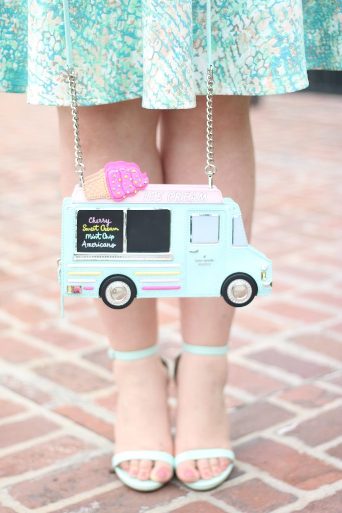 lovely in la kate spade flavor of the month clutch spring turquoise ice cream blogger plus size curvy los angeles
